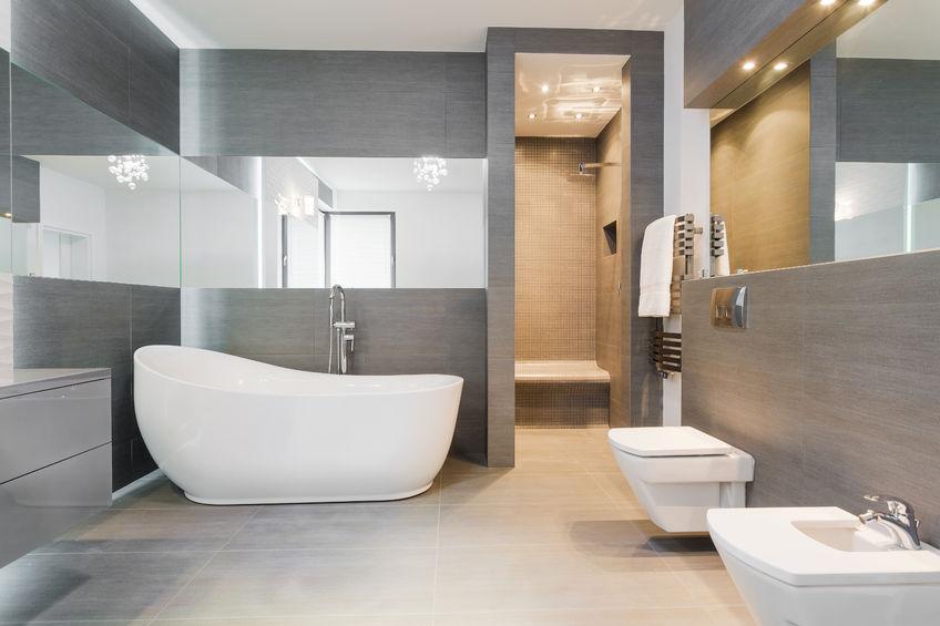 41889875 – designed freestanding bath in gray modern bathroom